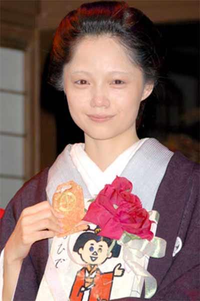 Atsuhime-Miyazaki Aoi