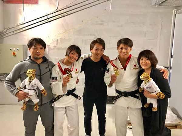Abe Family