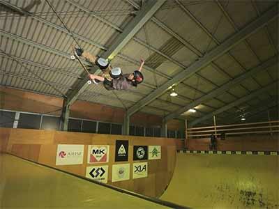 Hi-5 skatepark