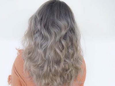 Nonaka Mihou with gradation hair