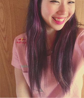 Nonaka Mihou with pink hair