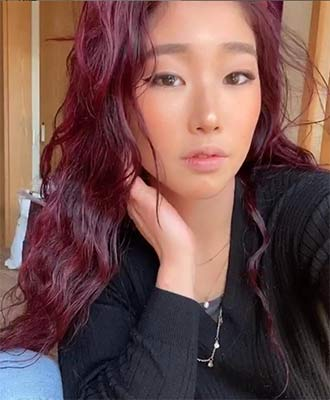 Nonaka Mihou with red hair